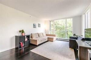 Just like a BRAND NEW 2 BDRM/2 full BHR + DEN condo FOR SALE