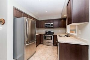 For Sale Maintained 1285 Sq Ft 3 Bedroom Freehold Town home
