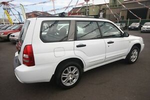 2003 Subaru Forester 79V MY04 XT AWD Luxury White 5 Speed Manual Wagon Kingsville Maribyrnong Area Preview