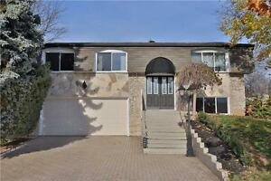 Nicely Renovated Raised Bungalow In Sought After Sw Oakville. Oakville / Halton Region Toronto (GTA) image 1