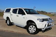 2012 Mitsubishi Triton MN MY13 GL-R Double Cab White 4 Speed Sports Automatic Utility Derwent Park Glenorchy Area Preview