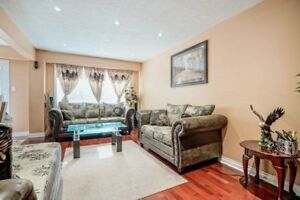 Well Kept 4-Bedroom,3-Bathroom And 2-Kitchens Condo Townhouse