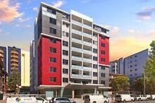 Master room, opposite to Westfield, 5 minutes to Parra Station Parramatta Parramatta Area Preview