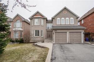 Wonderful 2Storey Home For Sale in Mississauga (5567Q)