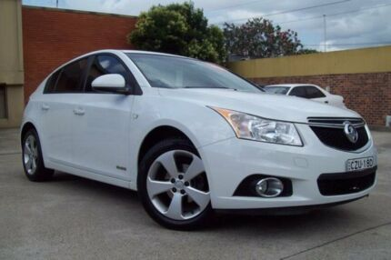 2014 Holden Cruze JH MY14 Equipe White 6 Speed Automatic Hatchback Windsor Hawkesbury Area Preview