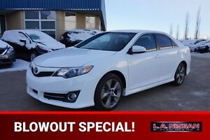 2013 Toyota Camry SE AUTOMATIC Accident Free,  Navigation (GPS),