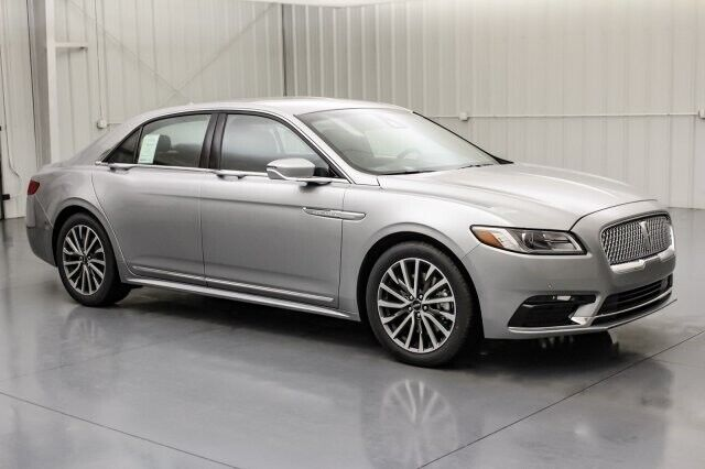 Image 2 Voiture American used Lincoln Continental 2020