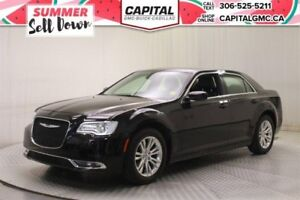 2017 Chrysler 300 Touring*Sunroof*Nav*Leather*