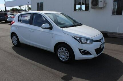 2015 Hyundai i20 PB MY16 Active White 6 Speed Manual Hatchback Hobart CBD Hobart City Preview