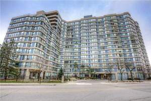 Beautiful 2 Bed + Den, 2 Bath Condo in the Heart of Mississauga