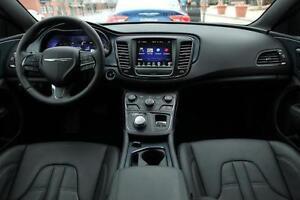 2015 Chrysler 200S Sedan Windsor Region Ontario image 2