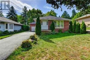 66 Eagle St Newmarket Ontario Beautiful House for sale!