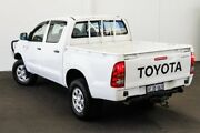 2006 Toyota Hilux KUN26R MY05 SR Glacier White 5 Speed Manual Cab Chassis Myaree Melville Area Preview