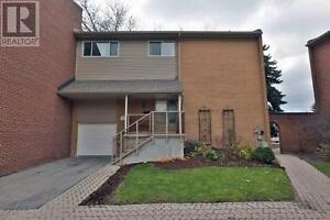 Renovated Modern Home 4Br3Wr Quiet Neighbourhood 1310 HAMPTON ST