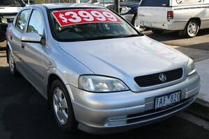 2004 Holden Astra TS CD Silver 5 Speed Manual Hatchback Briar Hill Banyule Area Preview
