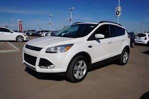 2015 Ford Escape SE ALL WHEEL DRIVE Leather,  Heated Seats,  Pan