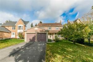 Gorgeous detached house 3 bed 3 bath in Newmarket