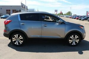 2013 Kia Sportage AWD EX LUXURY Accident Free,  Leather,  Heated