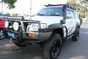 2008 Nissan Patrol GU 6 MY08 ST White 5 Speed Manual Wagon West Footscray Maribyrnong Area Preview