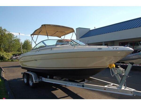 1995 Sea Ray Boats 220 Signature Select Bowrider