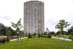 1 Room for Rent in 2 Bdroom Apartment (735 Don Mills)