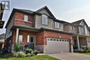 15 WINSLOW WAY Hamilton, Ontario
