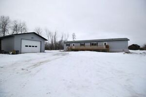 GORGEOUS 1 YEAR OLD HOME ON 10 ACRES !