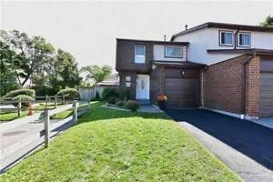 STUNNING 3 BEDROOM END UNIT CONDO TOWNHOME IN AJAX!!!!!!!