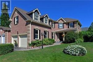 2 ROAN DR Whitby, Ontario