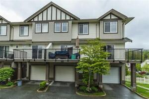 Rent to 0wn: Abbotsford Townhouse 3 br 2 bath newer
