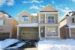 4 br Detached House in Newmarket - shows like a Model!!