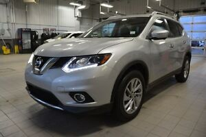 2015 Nissan Rogue SL AWD TECH PKG Navigation (GPS),  Leather,  H