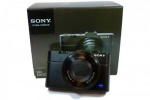 Sony RX100M2 Camera with Extras