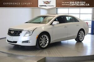 2016 Cadillac XTS Luxury Collection AWD *Heated Seats-Backup Cam