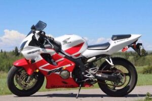 *priced to sell* CBR 600 2001