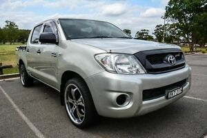 2009 Toyota Hilux TGN16R 09 Upgrade Workmate Silver 5 Speed Manual Dual Cab Pick-up Wetherill Park Fairfield Area Preview