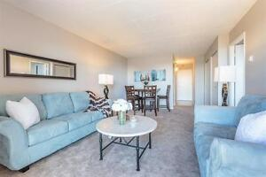 Riverfront-Nightlife! Renovated - Spacious -  Rent Now For Dec!