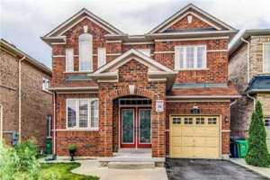 Gorgeous 3 Bedroom Executive Home W/ Finished Basement Location