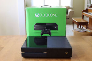 XBOX One (500G System) w/ 2 controllers & 6 games