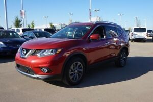 2016 Nissan Rogue SL ALL WHEEL DRIVE Navigation (GPS),  Leather,