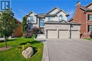 Detached 5-Bedroom House for Rent in Richmond Hill