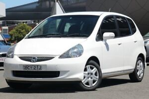 2007 Honda Jazz MY06 VTi White 7 Speed CVT Auto Sequential Hatchback Brookvale Manly Area Preview