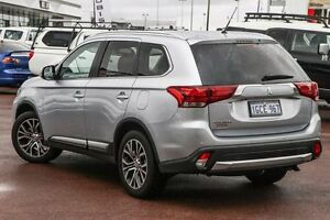 2016 Mitsubishi Outlander ZK MY16 XLS 2WD Silver 6 Speed Constant Variable Wagon Wilson Canning Area Preview