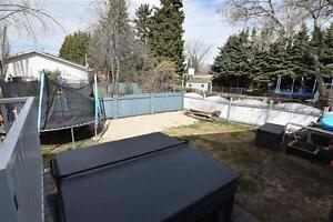 Family Home, 4 Bedrooms, Great Outdoor Living!!
