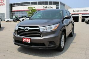 2016 Toyota Highlander LE AWD w/Bluetooth, Backup Camera & 8 Pas
