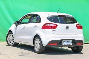 2011 Kia Rio UB MY12 S Clear White 6 Speed Manual Hatchback Ringwood East Maroondah Area Preview