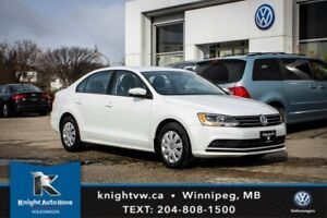 2016 Volkswagen Jetta Sedan w/ Backup Cam 0.99% Financing Availa