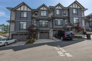 3 or 4 Bedroom Promontory Townhouse at The Ridge