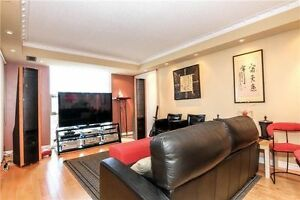 Spacious 2-bed condo in Richmond Hill --- YONGE ST!