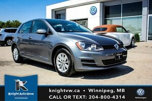 2016 Volkswagen Golf Trendline 5 Door w/ App Connect 0.99% Finan